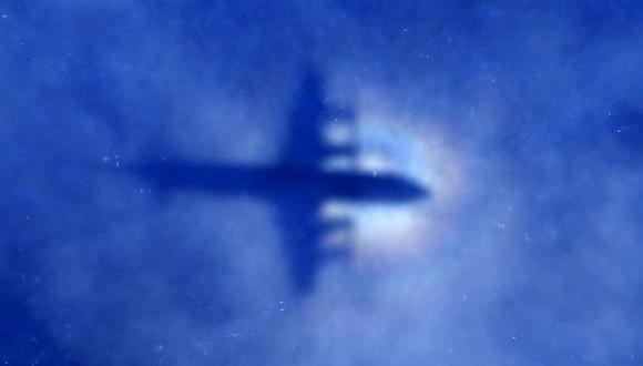 MH370: Tres países acuerdan suspender la búsqueda del avión