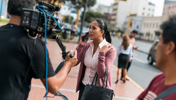 """Melissa Paredes y Mayella Lloclla empezaron el rodaje de su nueva telenovela """"Dos hermanas"""". (Foto: Del Barrio Producciones)"""