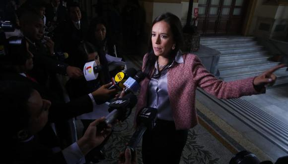 Marisa Glave mostró su desacuerdo con la elección de Pedro Olaechea como nuevo presidente del Congreso. (Foto: Congreso)