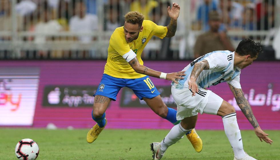 Argentina sin Messi perdió 1-0 ante Brasil con Neymar en duelo amistoso jugado en Arabia Saudita. (Foto: AFP)