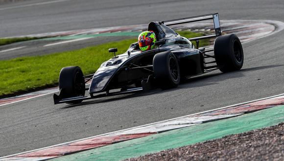 Matías corre su segundo año en la Fórmula 4 Británica. (Foto: ITEA Comunicaciones)