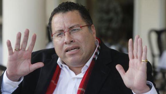 ¿Quién boicoteó a Phillip Butters?, por Andrés Calderón