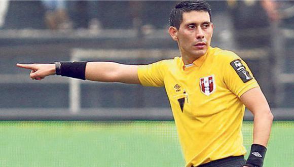 Luis Garay fue el árbtiro de la línea de meta en la semifinal entre Sporting Cristal y Ayacucho FC. (Foto: GEC)
