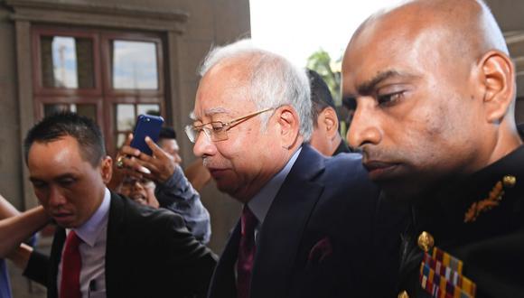 Najib Razak, quien fuera líder del UMNO durante casi una década, afronta de momento 38 cargos por abuso de poder y lavado de dinero. (Foto: AFP)