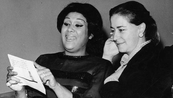 Chabuca Granda ensayando con Olga Guillot, año 1967. (GEC Archivo Histórico)