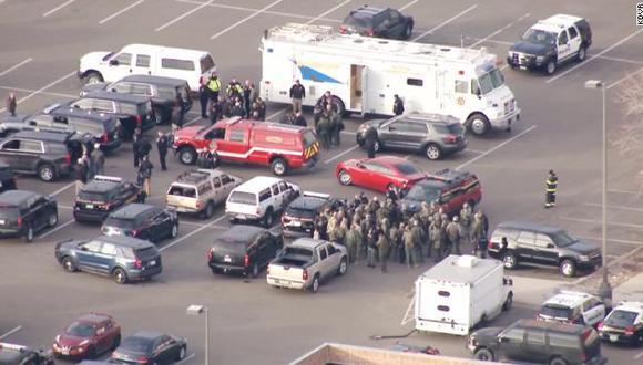"Policía de Denver responde a un tiroteo activo: ""Hay varios heridos""."