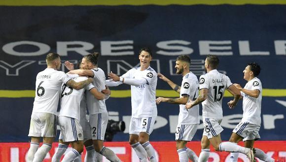 Leeds United enfrentará al sorprendente Aston Villa por la Premier League   Foto: Agencias