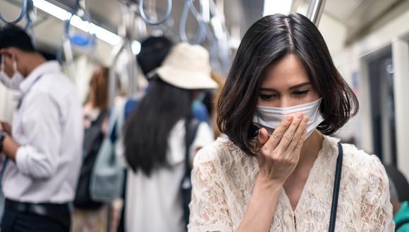 La pérdida del olfato es uno de los síntomas menos frecuentes del coronavirus.(Foto: Shutterstock)