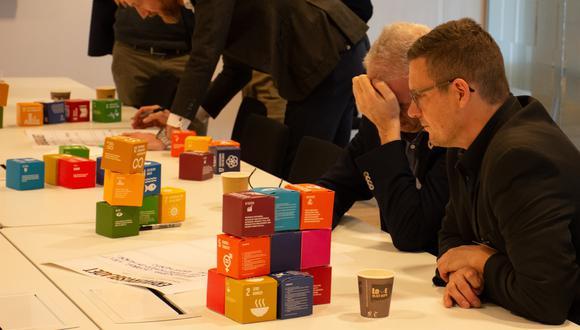 """""""Si quieres transformar el sector privado hacia la sostenibilidad, debes trabajar con las empresas medianas"""", afirma Junge. El programa de aceleración de SDG dura 12 meses. A la fecha cuentan con 32 """"graduados"""".  (Foto: SDG Accelerator)"""
