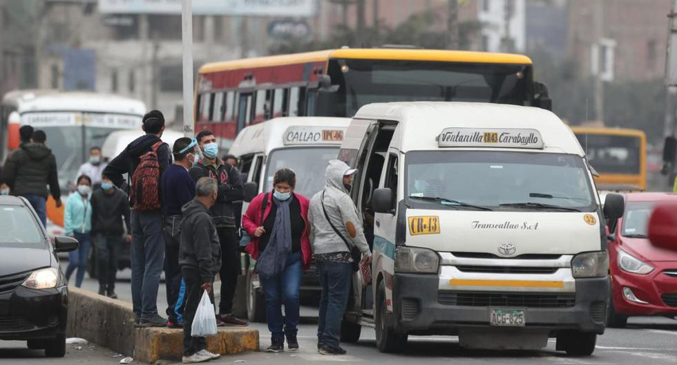 """La ATU tiene una treintena de paraderos considerados de """"riesgo extremo"""" en Comas, principalmente en la avenida Túpac Amaru. (Lino Chipana / @photo.gec)"""