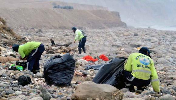 Magdalena afirma haber recogido toneladas de basura de litoral