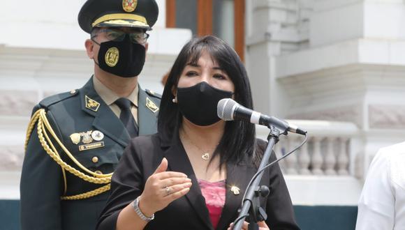 """Mirtha Vásquez consideró que se debe diferenciar si declaración de Daniel Olivares fue """"confesión"""" o """"incitación"""". (Foto: @congresoperu)"""