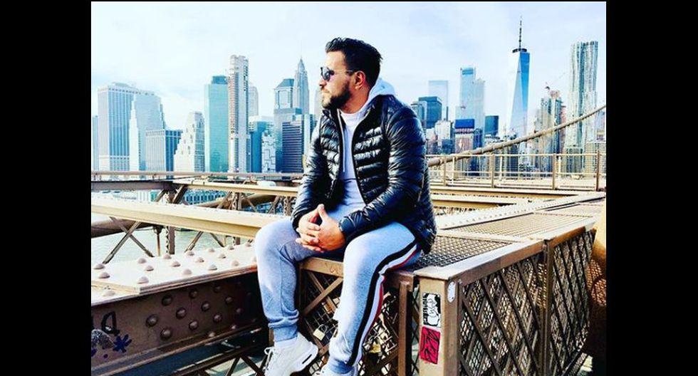 Aquí lo vemos en el puente Brooklyn, en Nueva York.