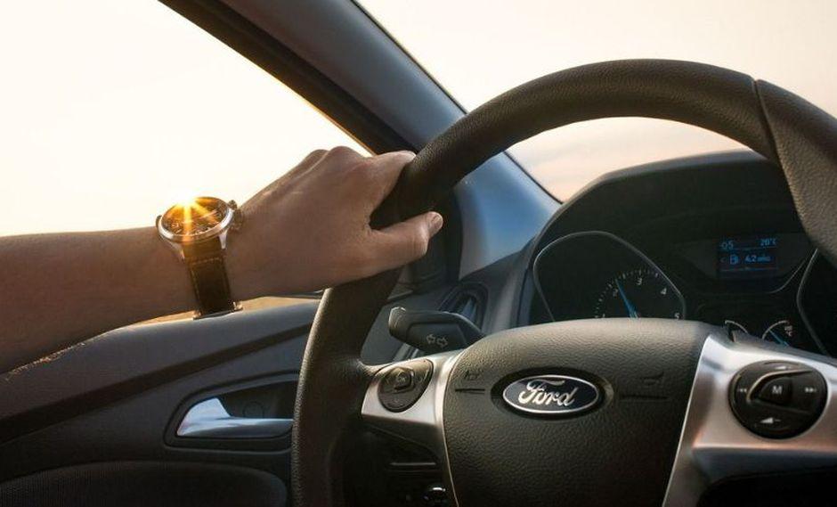 Respeta los límites de velocidad, el máximo permitido en carreteras es de 100 KPH. (Foto: Pixabay)