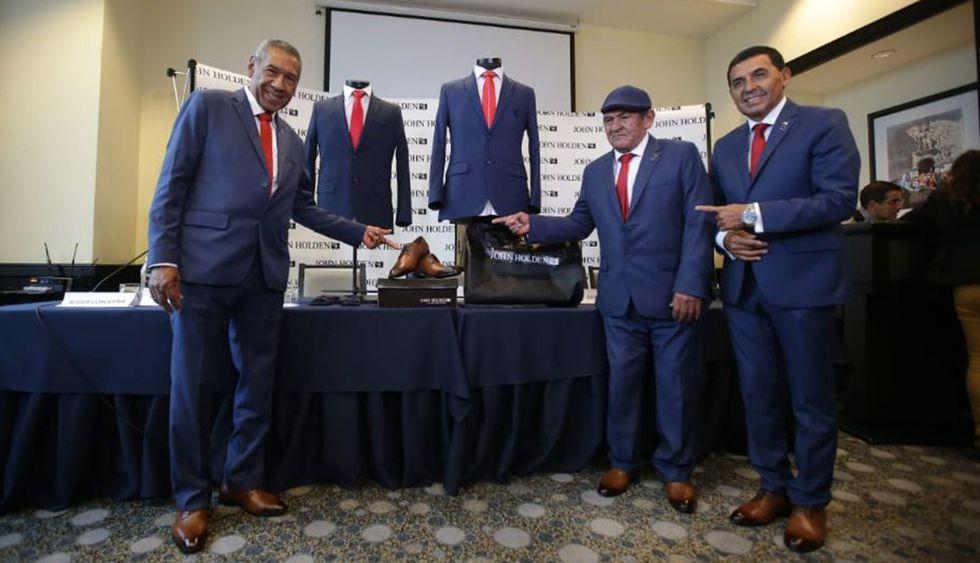 Selección Peruana lucirá elegante traje para viaje a Brasil. (Foto: Jesús Saucedo/GEC)