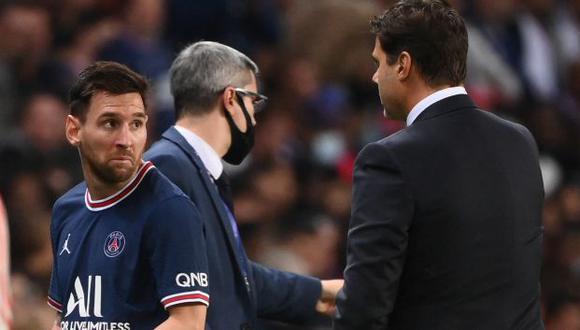 Lionel Messi fue cambiado a los 76 minutos en el PSG vs. Lyon y dejó su lugar a Achraf Hakimi. (Foto: AFP)