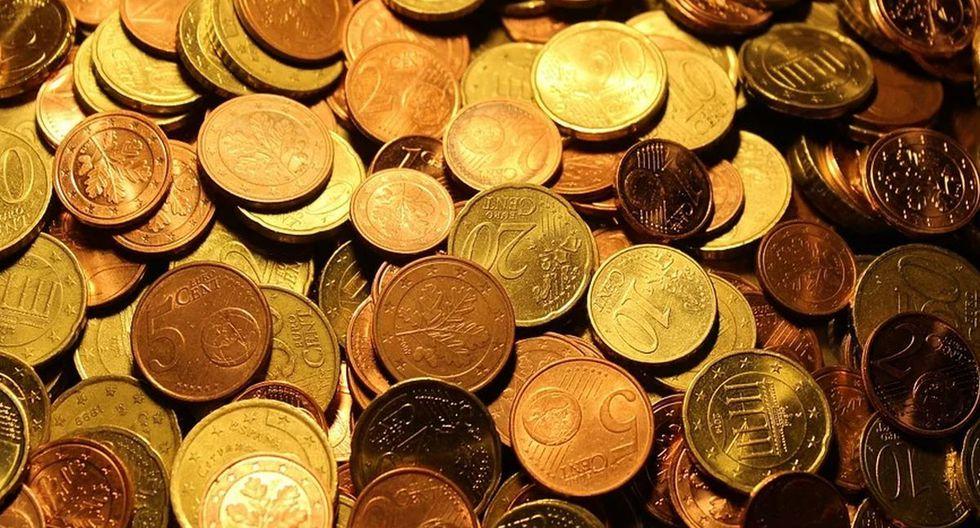 Mujer quiso pagar una multa con una caja repleta de monedas que pesaba 140 kilos | Foto: Pixabay / 127071