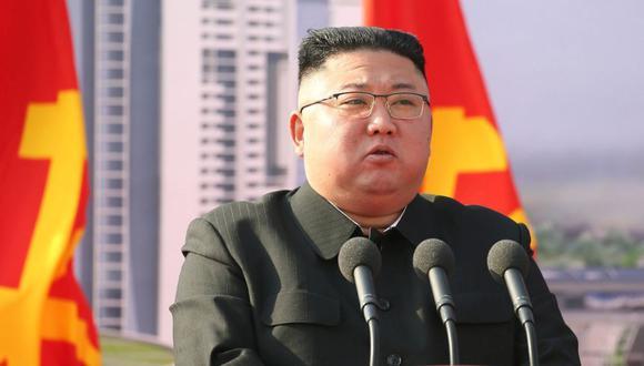 El líder norcoreano, Kim Jong-un, asiste a una ceremonia para inaugurar el inicio de la construcción de la primera fase de un proyecto para finalmente construir 50.000 nuevos apartamentos, en Pyongyang, Corea del Norte. (Foto: Agencia Central de Noticias de Corea del Norte. (KCNA) vía REUTERS).