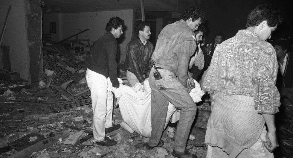 Caos y muerte en el jirón Tarata en Miraflores por atentado de Sendero Luminoso. (Foto: GEC Archivo Histórico)