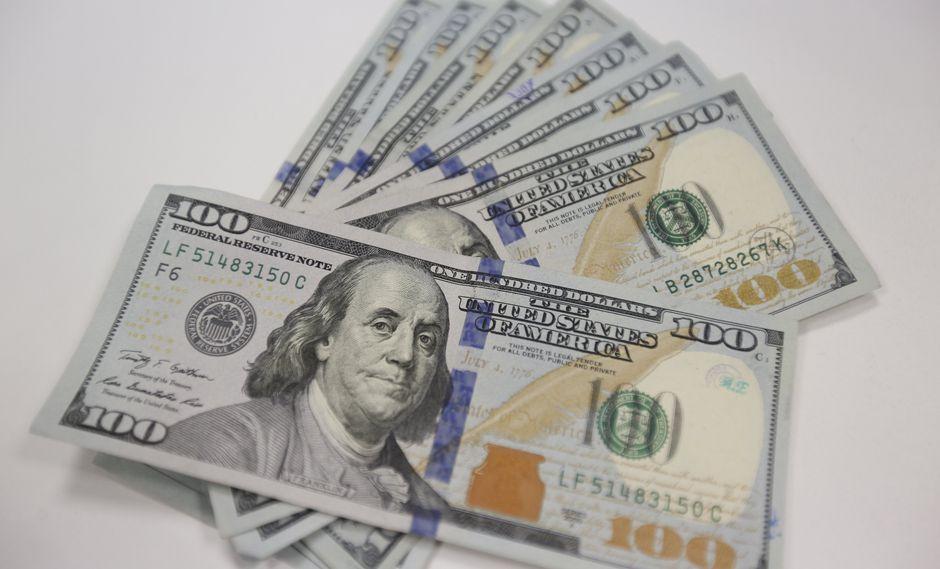 El dólar en el mercado paralelo se cotizó en la jornada previa a 7.879,54 bolívares soberanos. (Foto: GEC)