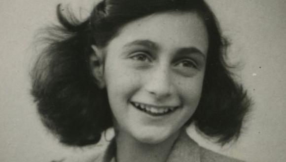 El diario de Ana Frank, escrito mientras la joven estaba escondida de los nazis, sigue leyéndose ampliamente.