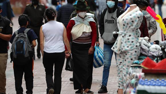Coronavirus en Ecuador   Últimas noticias   Último minuto: reporte de infectados y muertos por COVID-19 hoy, sábado 24 de abril del 2021. EFE