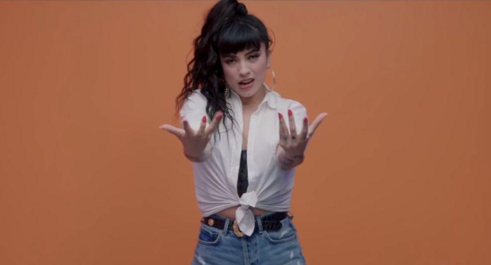 """Mon Laferte estrenó el videoclip de su tema """"Caderas Blancas"""". (Foto: Captura de YouTube)"""