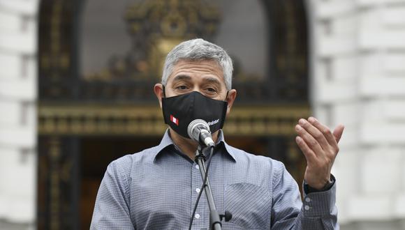 José Elice indicó que la Policía Nacional revisa de forma constante su protocolo para pedir que se cumplan las medidas sanitarias. (Foto: Mininter)