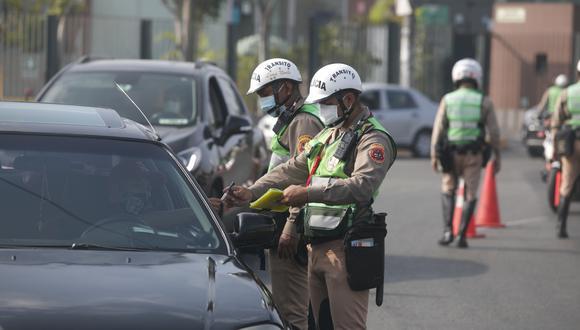 Rigen nuevas medidas de restricción desde el lunes, como un nuevo horario de toque de queda, que se iniciará a las 11 p.m. y culminará a 4 a.m. (Foto: GEC)