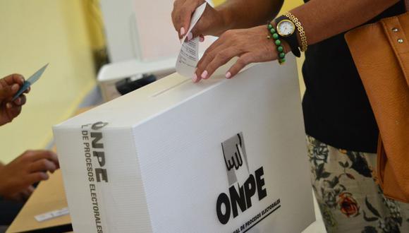 Los ciudadanos que no emitan su voto y los que no cumplan su rol como miembros de mesa serán sancionados con una multa (Foto: Andina)