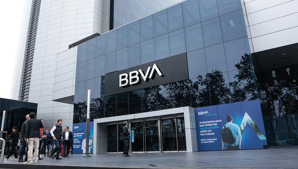 El banco lanzó el aplicativo BBVA Beneficios, que unifica todos los programas que brinda a cada segmento de clientes. Foto: El Comercio