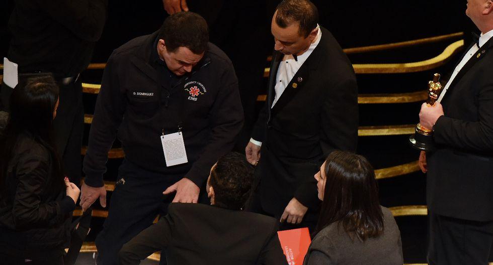 Así fue la caída de Rami Malek durante la gala del Oscar 2019. Fotos: AFP.