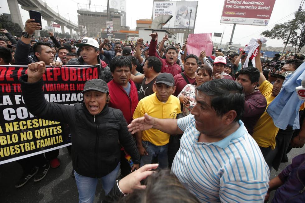 Este jueves se realizó una marcha en contra del Corredor Morado. (Foto: Francisco Neyra)
