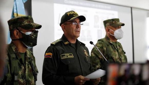 El general Jorge Luis Vargas (c) director de la Policía de Colombia, habla durante una rueda de prensa, el 9 de julio de 2021, en Bogotá, Colombia. (Foto: EFE/ Mauricio Dueñas Castañeda)