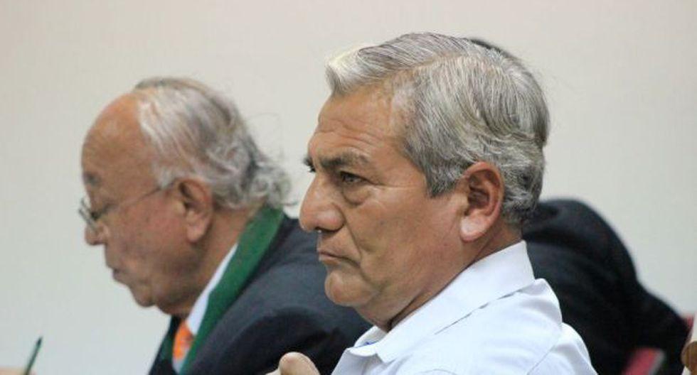 Trujillo: renuncia de abogado retrasa juicio a Elidio Espinoza
