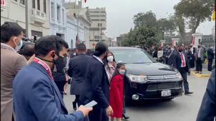 Esposa e hijos de Pedro Castillo llegan al Congreso de la República