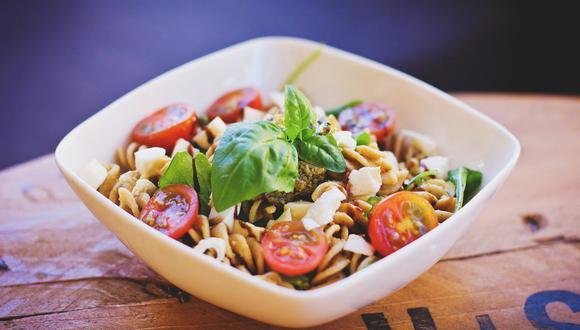 El atún y la pasta son los ingredientes estrellas de esta preparación saludable. (Foto: Pixabay)