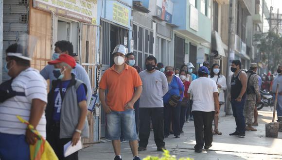 El número de decesos y de nuevos contagios aumentó a 46.894 y  1.338.297 respectivamente, según informó el Minsa. (Foto: El Comercio)