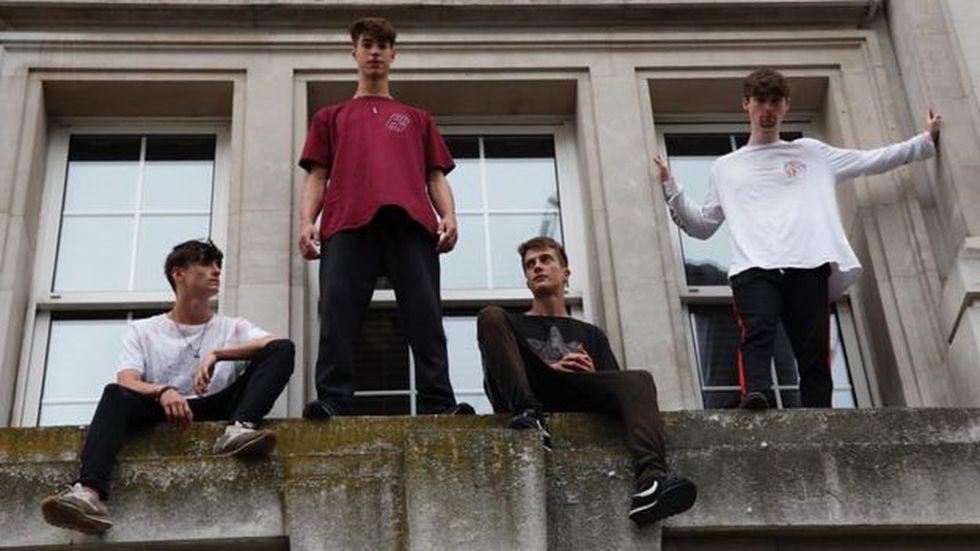 Aquí vemos al equipo Brewman hoy día: de izquierda a derecha, Aiden, Sam, Hector y Rikke. (Foto: RISHI GHOSH-CURLING)