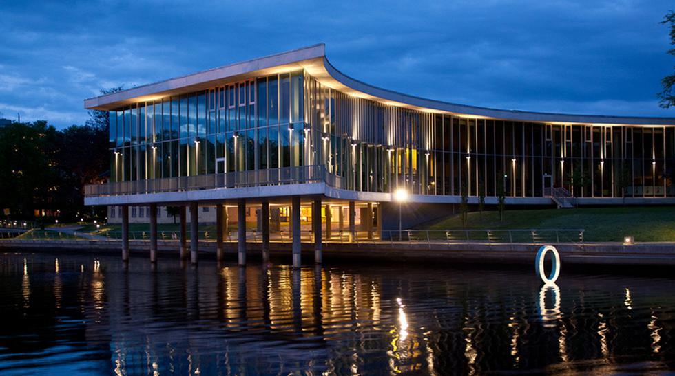 Bibliotecas impresionantes: El top 5 de las mejores librerías - 1