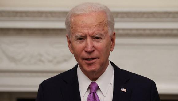 El presidente de Estados Unidos, Joe Biden, habla sobre los planes de su administración para combatir la pandemia de la enfermedad del coronavirus (COVID-19) durante un evento de respuesta al COVID-19 en la Casa Blanca en Washington, Estados Unidos. (Foto: REUTERS / Jonathan Ernst).