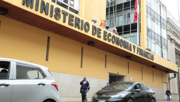 La ministra María Antonieta Alva proyectó que la economía pueda estar operando al 80% de su capacidad a finales de la segunda etapa y al 95% al término de la cuarta. (Foto: GEC)