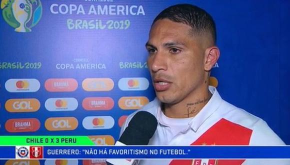Paolo Guerrero hablando con la prensa brasileña tras la clasificación de Perú a la final de la Copa América. (Foto: captura de pantalla)