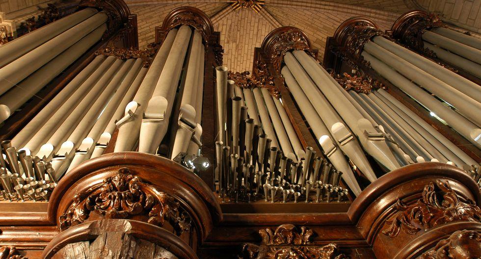 El órgano de Notre Dame no ha sufrido mayores daños. Foto de 2004, archivo de AFP.