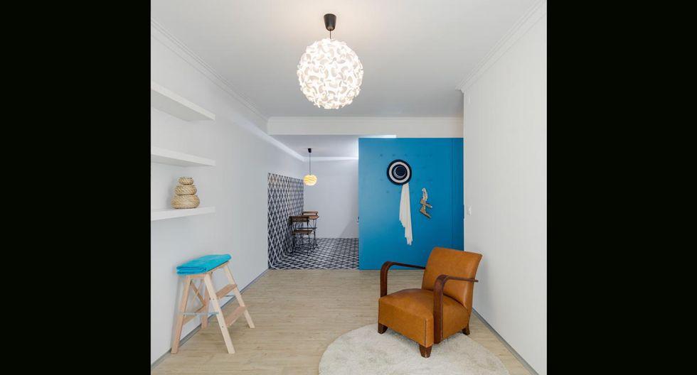 La decoración se basa en el estilo minimalista. El color blanco permite mayor ingreso de luz al departamento. (Foto: João Morgado /tiagodovale.com)