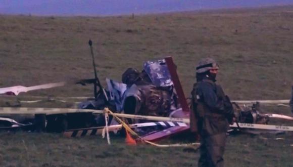 """Según informó el Ministerio de Defensa Nacional (Uruguay), la aeronave (un helicóptero Bell 212) intentó aterrizar de emergencia y """"se incendió"""", por lo que sufrió """"pérdidas totales"""". (Captura de pantalla/Twitter)."""