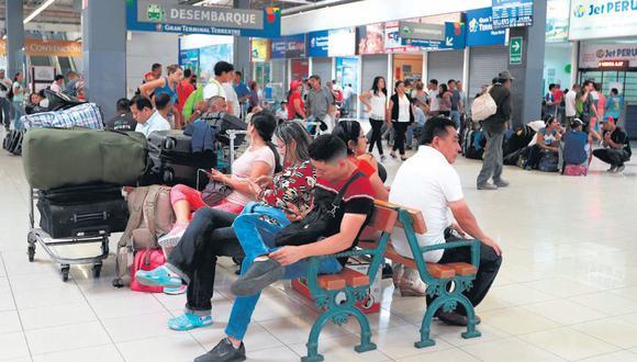 El terminal terrestre de Plaza Norte está autorizado por la Sutrán. (Juan Ponce / El Comercio)