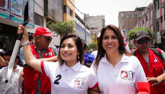 Mónica Saavedra (der.) y Leslye Lazo (izq.) encabezaron la lista de Ación Popular en Lima. (Foto: Mónica Saavedra / Facebook)