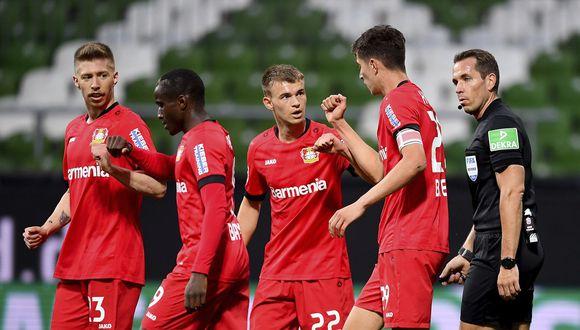 Bayer Leverkusen derrotó 4-1 al Werder Bremen y lo deja al borde del descenso. (Foto: AP)