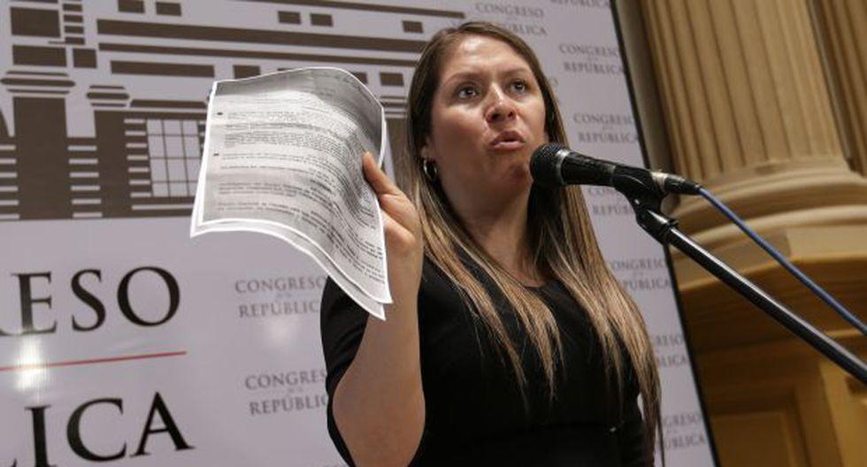 Especialistas en temas constitucionales manifiestan que denuncia de Yeni Vilcatoma contra el presidente Martín Vizcarra no tiene fundamento jurídico. (Foto: Archivo El Comercio)